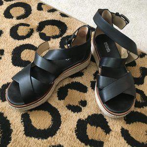 MICHAEL Michael Kors Black Darby Sandals Size 6.5